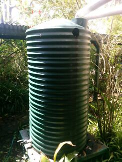 For Sale: 2 X 1000 Litre Rainwater Tanks Noosa Heads Noosa Area Preview