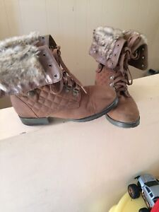 Just fab Acadia boots size 9
