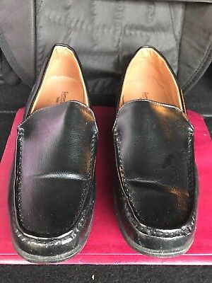 Men's Casual Black Shoes / Look Your Best and Feel Your Best WIth These Slip