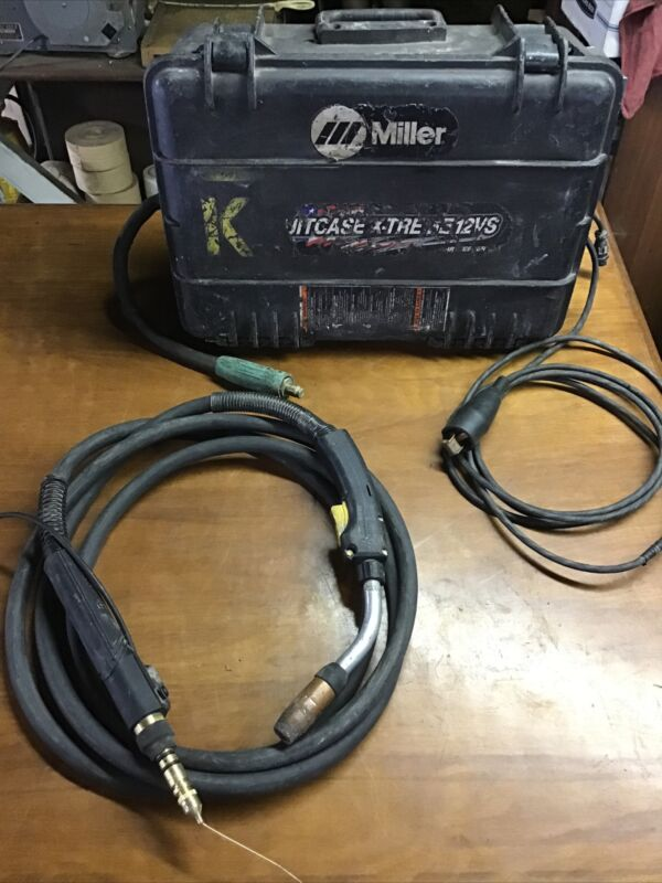 Miller Suitcase X-treme 12vs Wire Feeder With Bernard Center Fire Gun