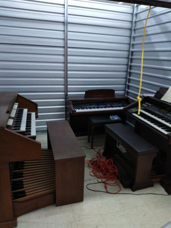 Rodgers 605 Organ