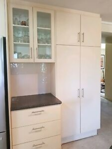 Excellent condition kitchen