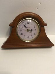 Mantle Clock Brownstone 71/2'' Tall Wood  Battery Operating Working.