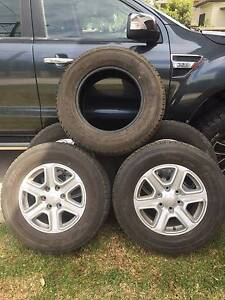 5 x 265/65R17 112T Dunlop Grandtrek Tyres & Ford Alloy Rims Singleton Singleton Area Preview