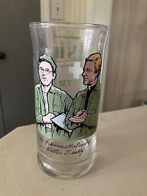 1983 mash 4077 Glass Fr. Francis Mulcahy, Walter O' Reilly No Chips Or Cracks