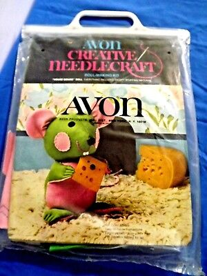 Avon Creative Needlecraft Doll Making Kit House Mouse with Cheese