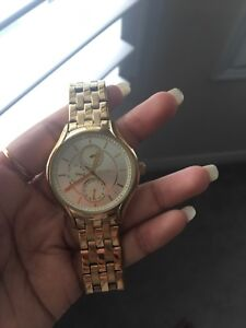 FOSSIL WOMEN'S WATCH FOR SALE!