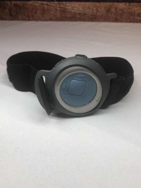 Portable Sport Audio by Phillips Mp3 Player Watch Nike VTG