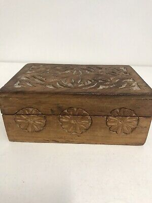 Vintage Wooden Carved Box Jewellery/trinkets