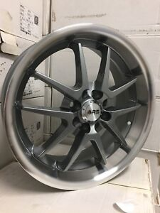 "4 Mags 17"" 4x100 et 4x114.3 - NEUF"