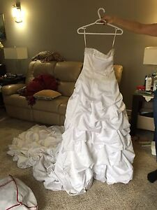 wedding dress - size 10
