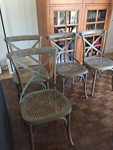 4 chaises en bois et rotin