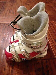 Girls ski boots size 18-19.5