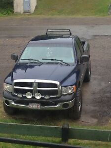(No trades) (new price) 2004 Dodge Ram 1500 5.7L hemi