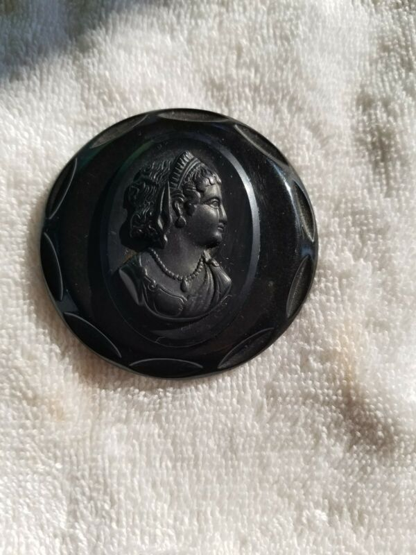 Vintage Bakelite mourning cameo pin/brooch,  Victorian, black large