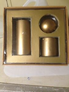 New 3-Piece Gold Candle Set