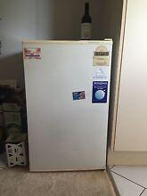 140L Westinghouse bar fridge Coorparoo Brisbane South East Preview