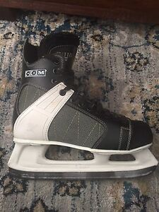 Adult sizes 9 and 11 recreational ice skates