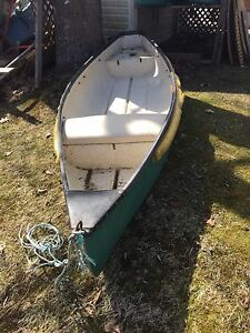 $695.  York river wide body flat back canoe.