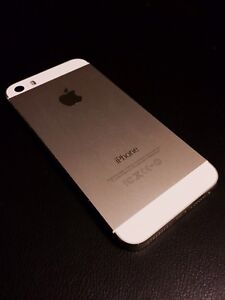 iPhone 5S - 16GB - Bell