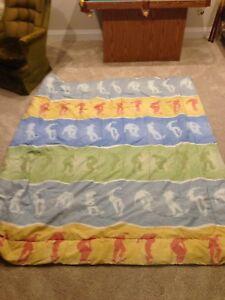 Reversible double comforter.