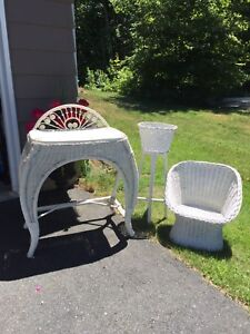 3 pcs White wicker furniture. Sm vanity, sm chair, plant stand