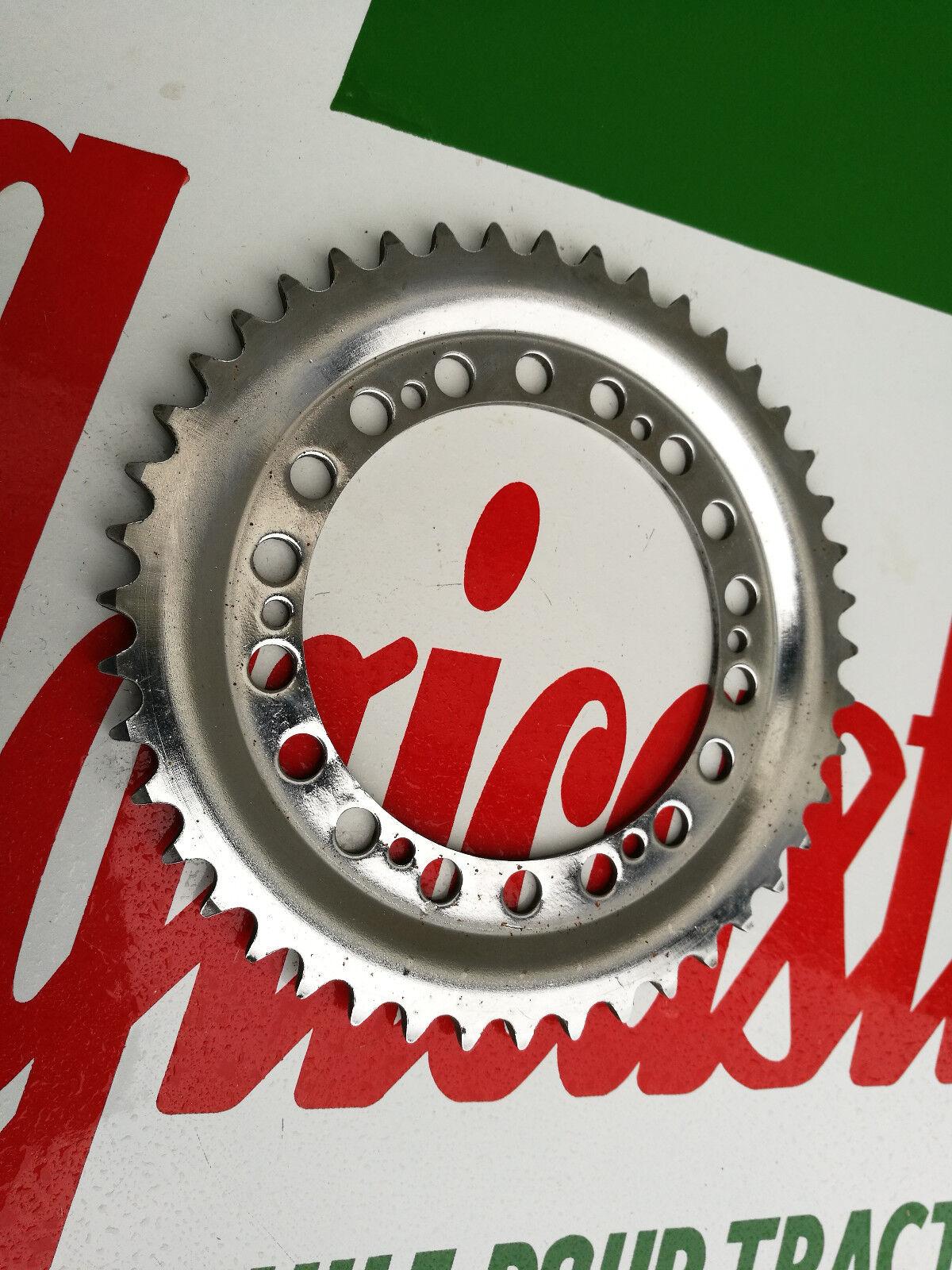 N.O.S couronne pignon 44 DTS MOBYLETTE MOTOBECANE MOTOCONFORT PEUGEOT