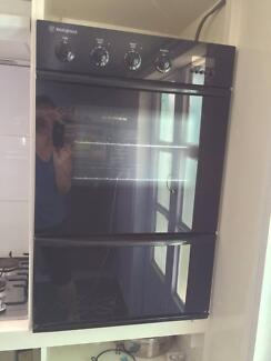 Wall oven. Fire sale! (Reduced from $500. to $150.)