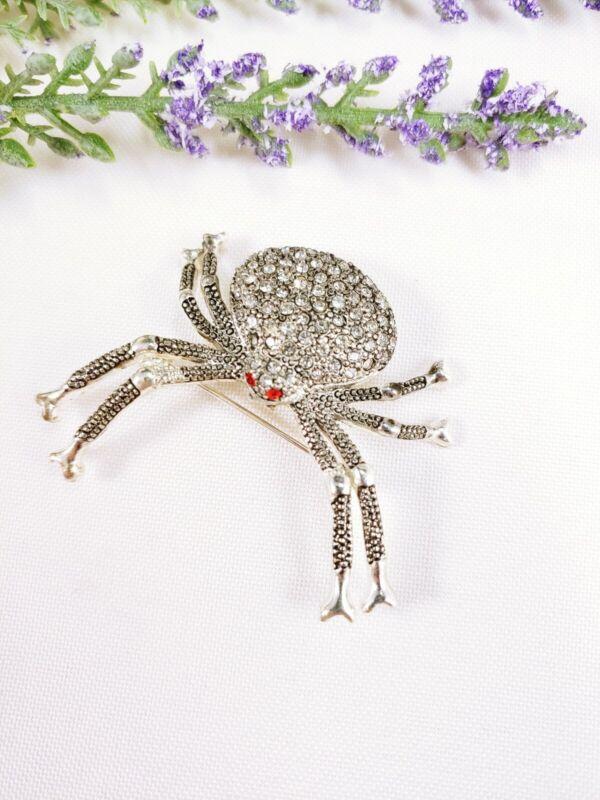 "(W) vintage 2"" Silver RHINESTONE Spider Weaver Wolf Widow BROOCH PIN HALLOWEEN"