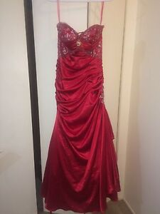 PROM DRESS FOR SALE 250$