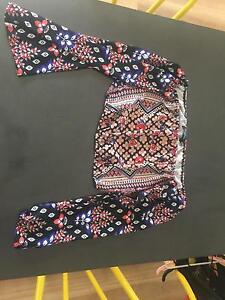 Off the shoulder patterned crop, size medium East Maitland Maitland Area Preview