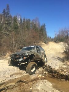 2005 rock crawler solid axle swaped blazer