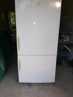 Electrolux Kelvinator Fridge Freezer 510litre