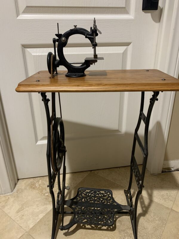 Antique IDEAL Childs Trendle Sewing Machine
