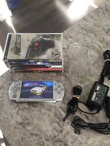 Sony PSP 2000 (*MINT CONDITION *)