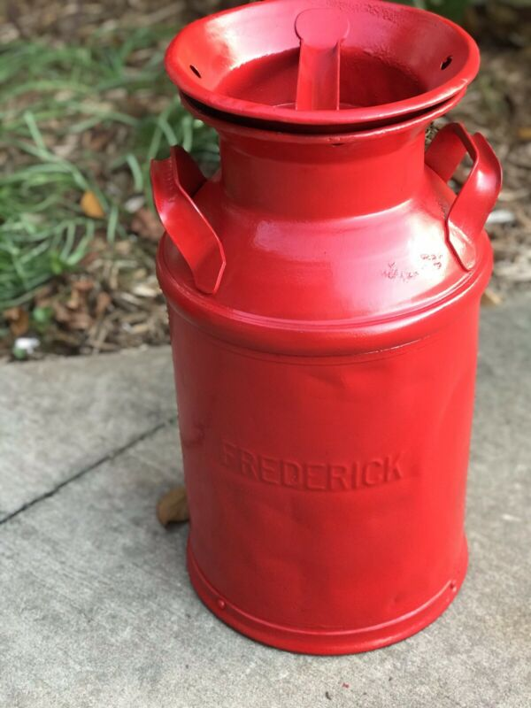 Super nice Red 5 Gallon Milk Can #2 Great Condition  Country / Cowboy