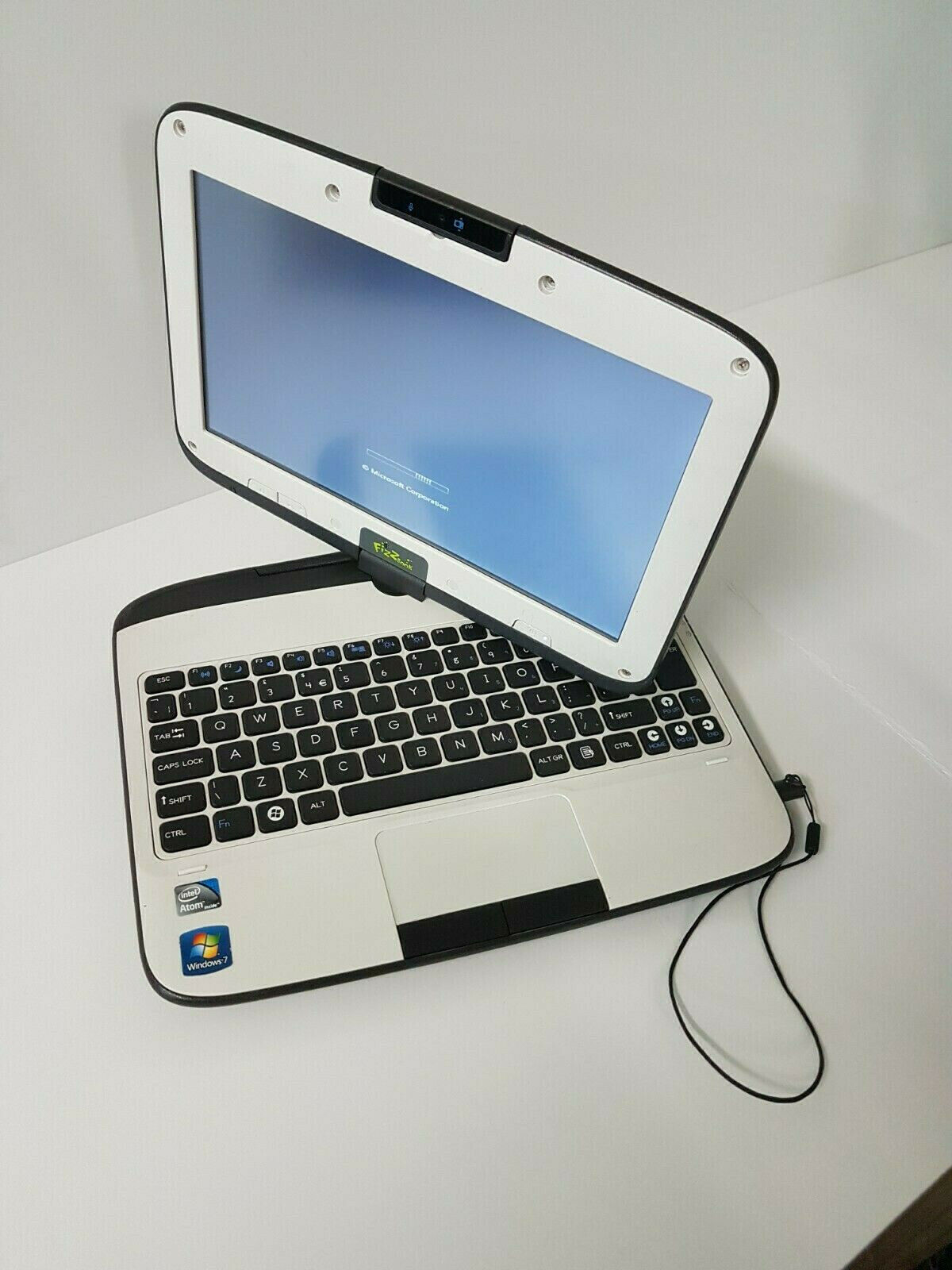 Laptop Windows - Windows 7 Laptop Fizzbook SPIN&TOUCH Screen Notebook 1,60GHz,2GB 320GB HDD!