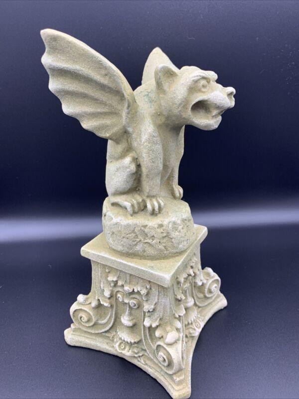 "Crouching Winged Gargoyle Statue 9"" on Pedestal Halloween decoration"