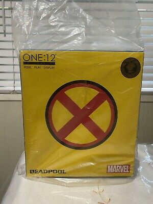 Mezco One 12 Collective SDCC 2017 DEADPOOL X-Men Suit Exclusive Authentic