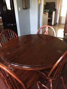 Dining Or Kitchen PEDASTAL Table With 6 Chairs