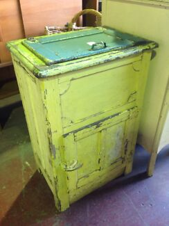 Antique ice chest old fridge  East Wagga Wagga Wagga Wagga City Preview