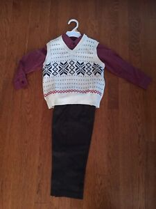 Brand new outfit for Christmas! Size 3
