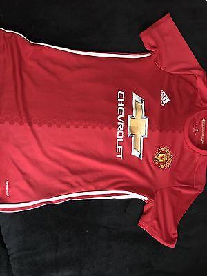 original Manchester United Trikot Shaw Gr M