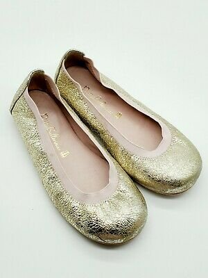 Pretty ballerinas metallic gold girls shoes made in Spain size 26 slip on flats