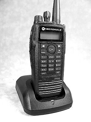 Mint Motorola Xpr6550 Uhf Mototrbo Portable Radio Waccessories