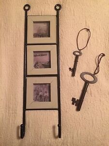 Picture frame and old fashioned keys
