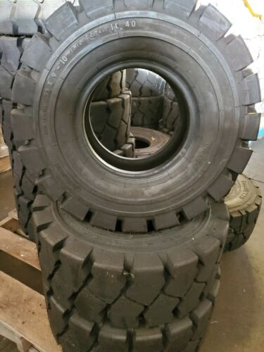 23×9-10 225/75R10 20Ply 142A5 Continental IC40 Extra Deep TT Forklift Tire