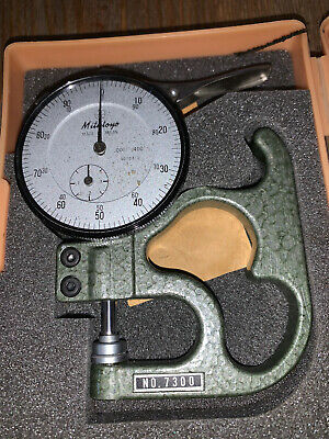 Mitutoyo Dial Caliper Model No. 7300 Made In Japan With Case Vintage