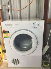 Simson 4kg Dryer South Windsor Hawkesbury Area Preview