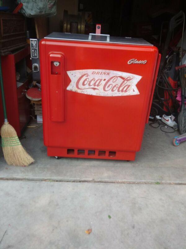 Vintage COCA-COLA Coke Machine Glasco GBV-50 Coke Collectible.  Local Pick Up